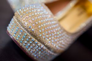 Sona's wedding shoe detail by Resh Rall Wedding Photography, Leeds