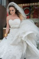 Abigail looks stunning in wedding dress by Resh Rall wedding photographer